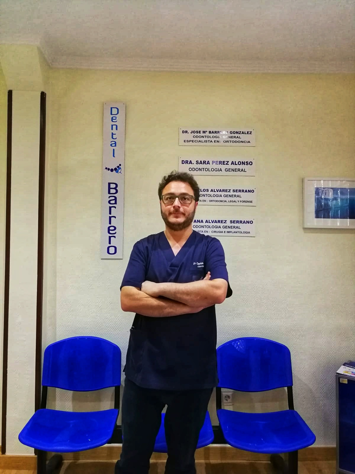 Dr. Carlos Álvarez Serrano.